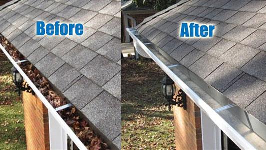 Een voorbeeld van voor en nadat u klaar bent met de dakgoot schoonmaken